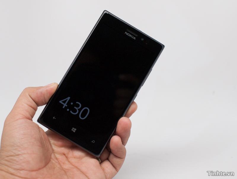 Lumia_925_01.jpg