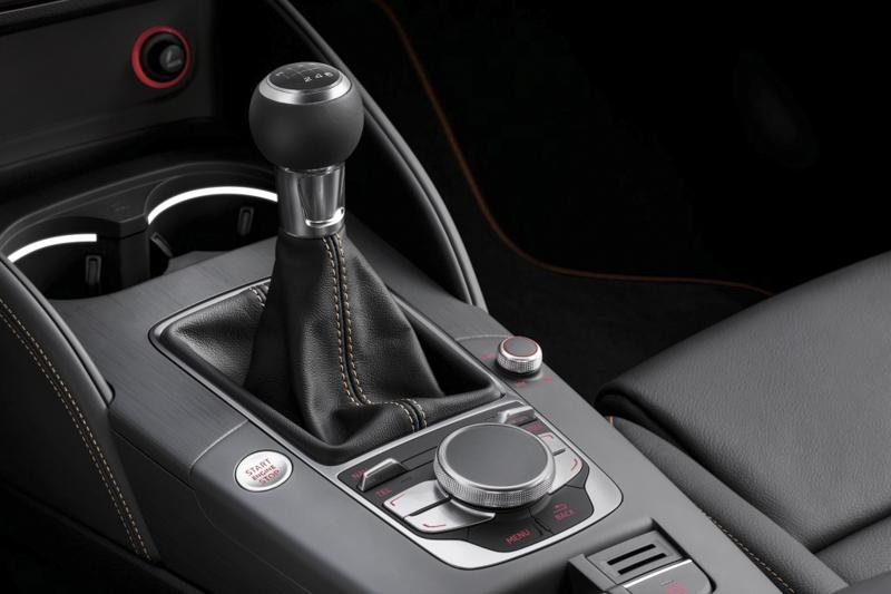Audi-A3-Cabriolet-2015-10.