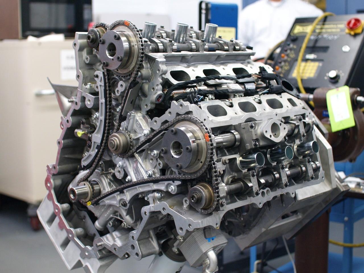 V6_3.5L_ecoboost-engine.