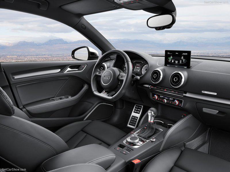 Audi-S3-Sedan-2015-25.jpg
