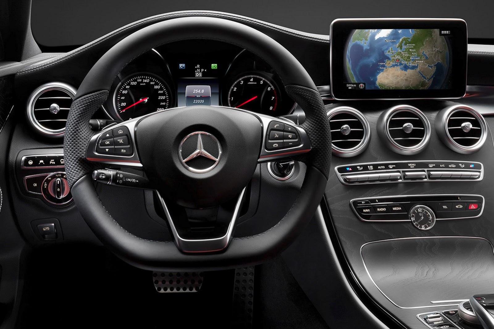 2015-Mercedes-C-Class-Interior-2[2].jpg