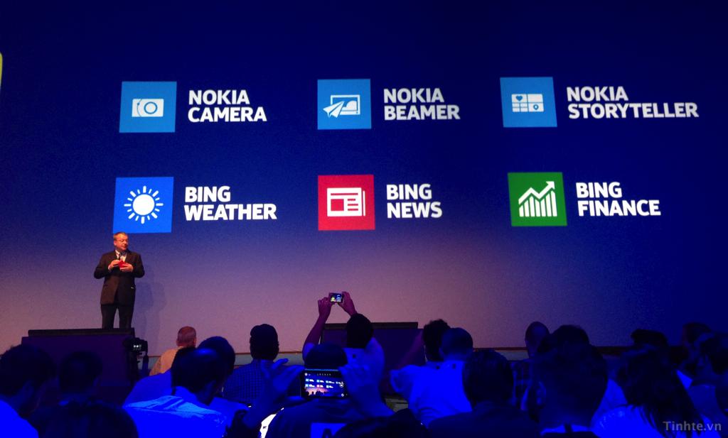 Nokia_Lumia_Black_2.jpg
