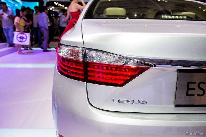 Vietnam-Motor-Show-2013-Lexus-1.jpg