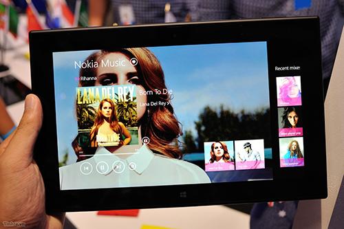 tinhte.vn-lumia-2520.jpg