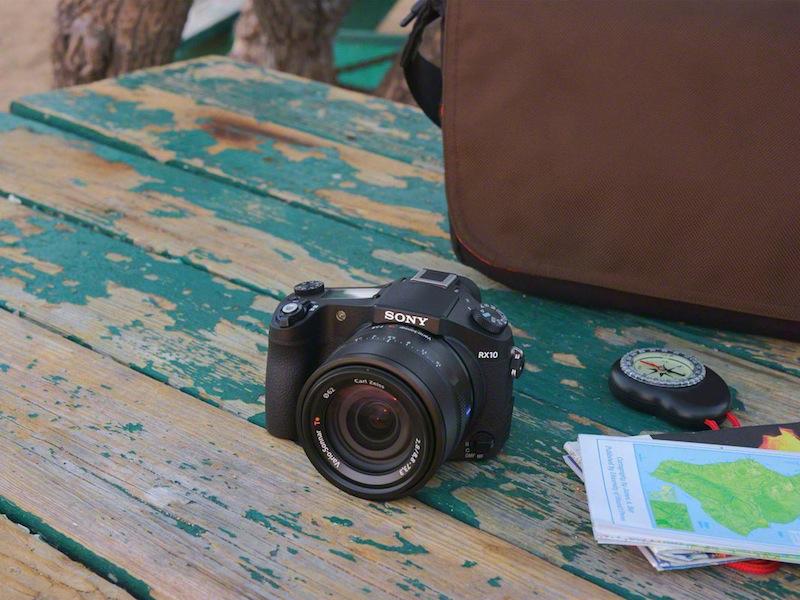 tinhte_Sony_Cyber-shot_RX10_lifestyle_DSC01652-1200.jpg