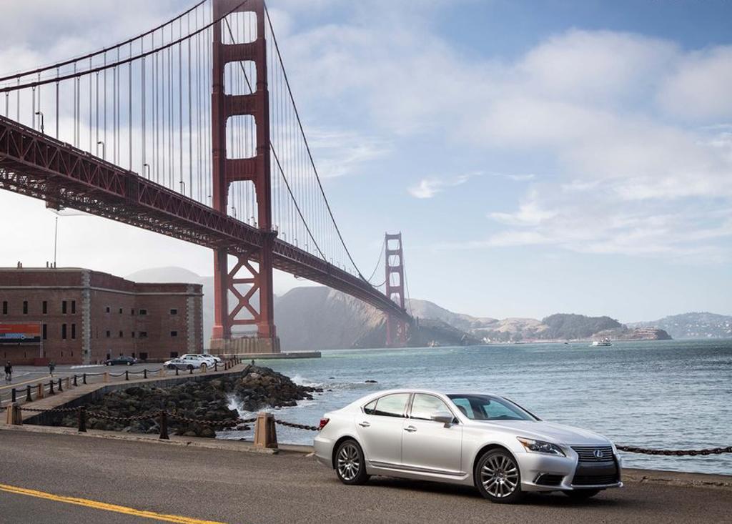 Lexus-LS-2014-5.jpg