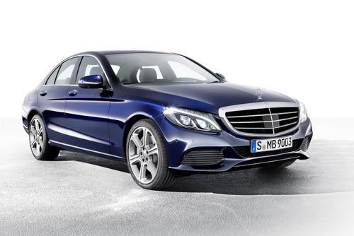 2015-Mercedes-C-Class-003.jpg
