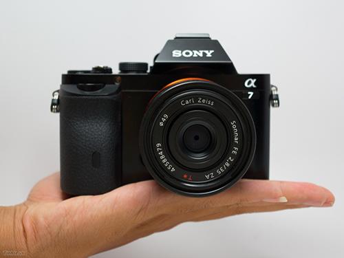 tinhte.vn-sony-a7.jpg