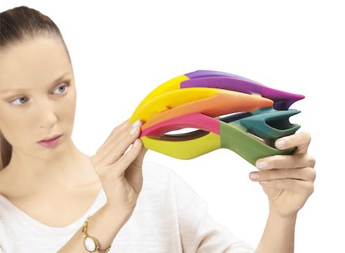 color_cmy_helmet_woman.jpg