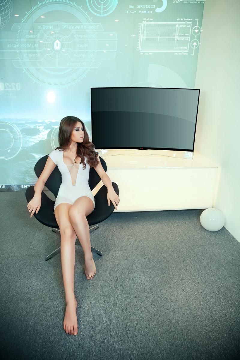 Tinhte_TV_LG_OLED_Cong_Tiffany_Chou-11.jpg
