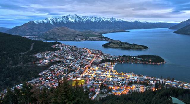 Queenstown, New Zealand.jpg