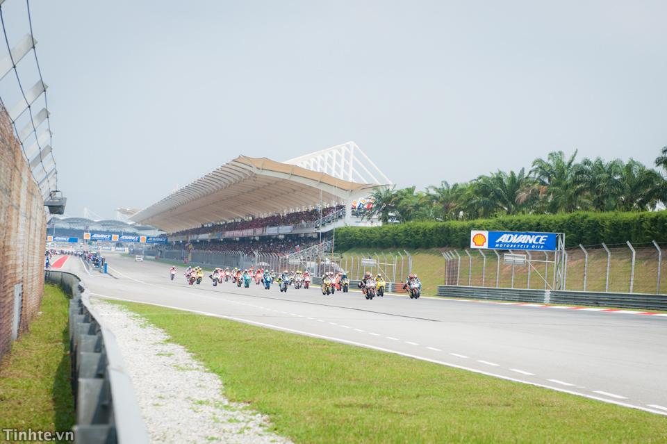 Tinhte.vn-Castrol-Malaysia-10-2014-6-2.jpg