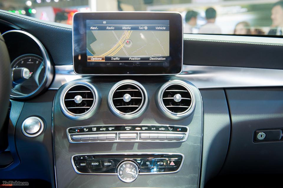 Tinhte.vn-Mercedes-Benz-C-Class-2015-3-2.jpg