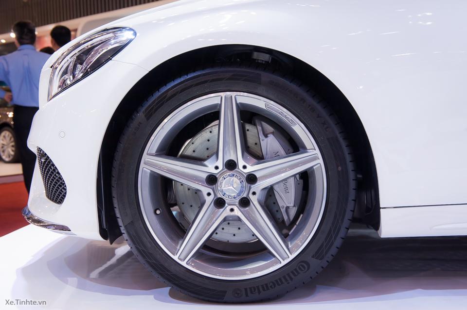 Tinhte.vn-Mercedes-Benz-C-Class-2015-10.jpg