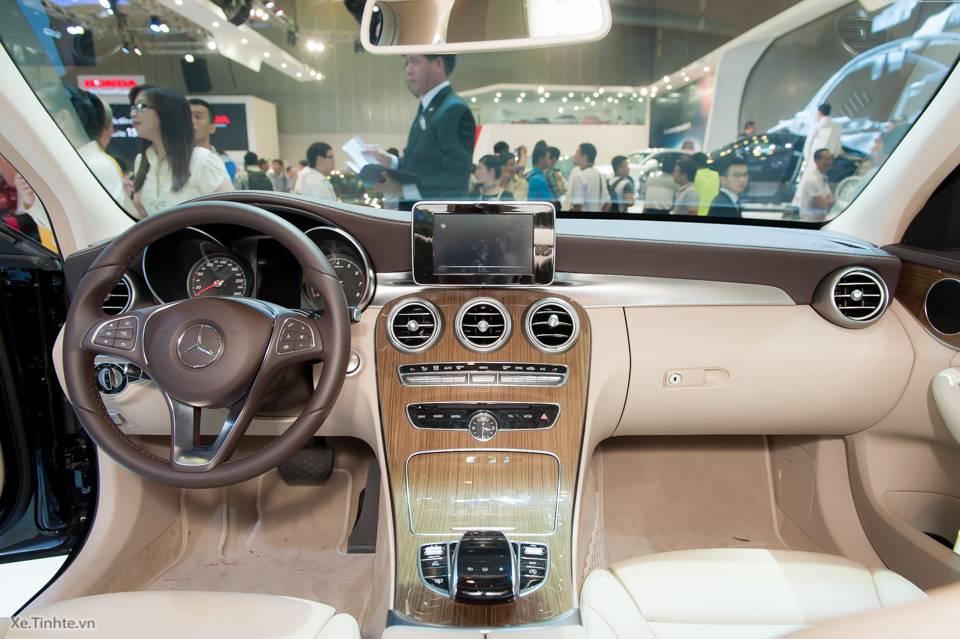 Tinhte.vn-Mercedes-Benz-C-Class-2015-11-2.jpg