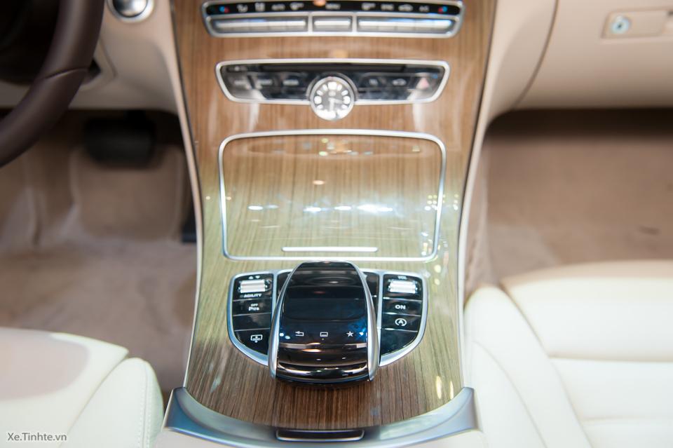 Tinhte.vn-Mercedes-Benz-C-Class-2015-12-2.jpg