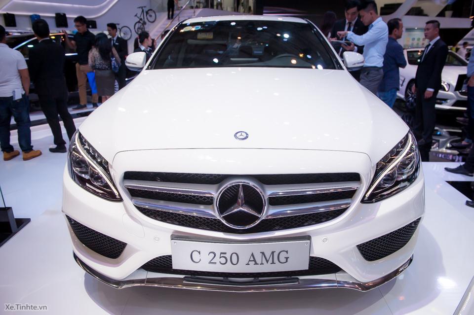 Tinhte.vn-Mercedes-Benz-C-Class-2015-15.jpg