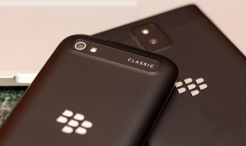 black-berry-classic-4(1).jpg