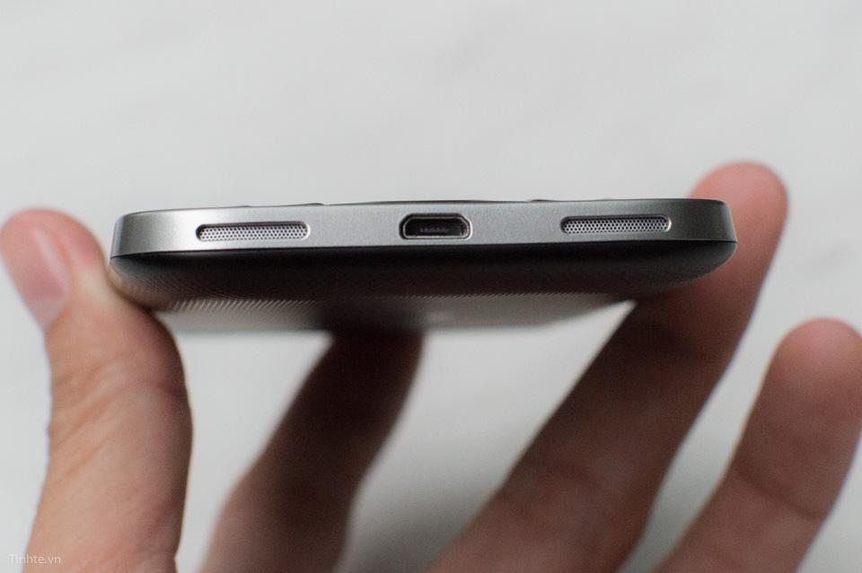 Tinhte-BlackBerry-Classic-12.jpg