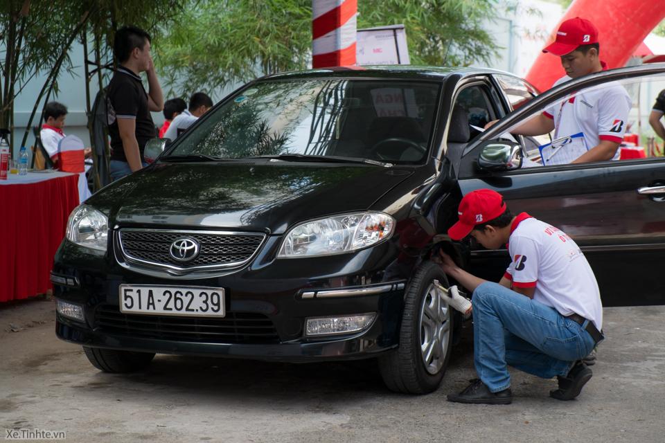 Xe.Tinhte.vn-benhvienoto-cham soc lop-tire care day-0446.jpg