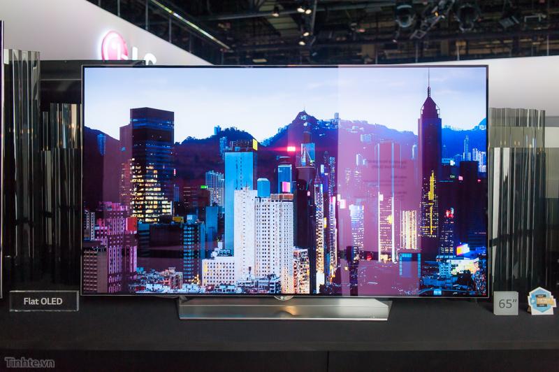 Tinhte.vn-Tren-tay-LG-OLED-TV-CES-2015-7.jpg