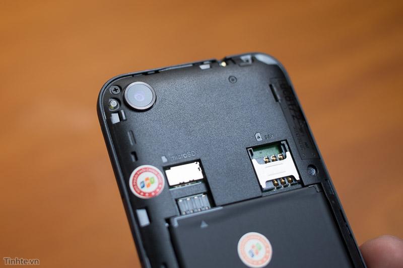 HTC_Desire_320-20.jpg