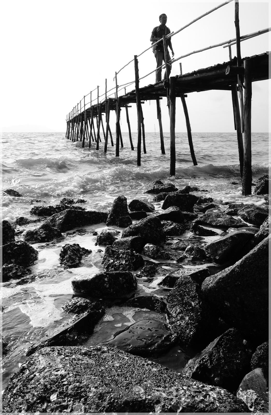 Bình minh cầu gỗ Cần Thạnh 2.jpg