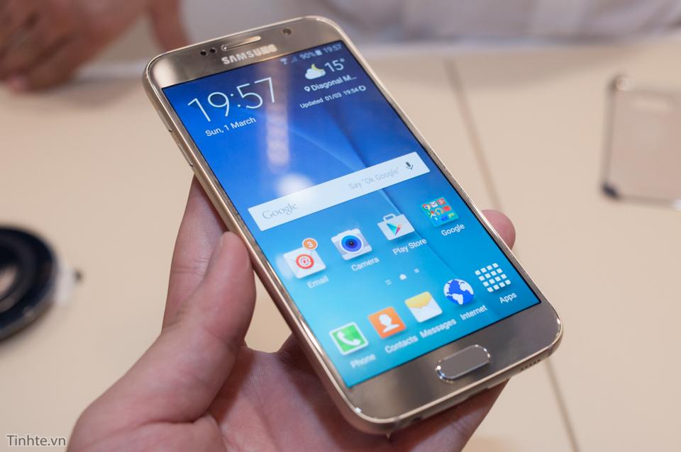 Tinhte_Tren_tay_Galaxy_S6_thuong_1.jpg