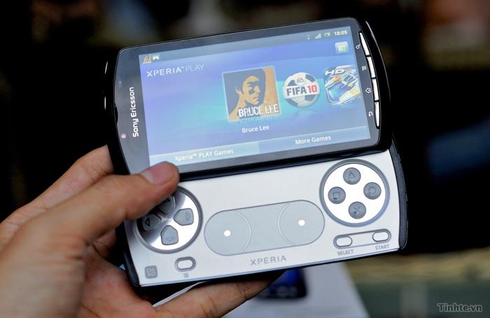 tinhte_Sony_Xperia_Play.jpg