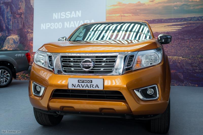 Nissan-Navara-NP-300-VL-ra-mat-2.jpg