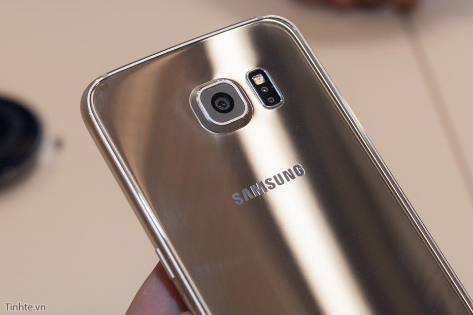 2988366_Tinhte_Tren_tay_Galaxy_S6_thuong_8.jpg