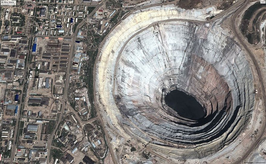 20-shocking-photos-of-humans-slowly-destroying-planet-earth-7.jpg