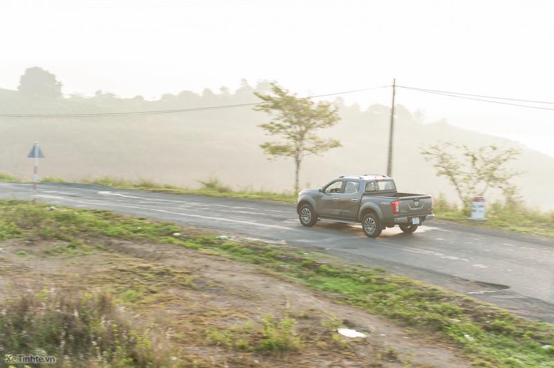 Trai-nghiem-Nissan-NP300-Navara-VL-19.jpg
