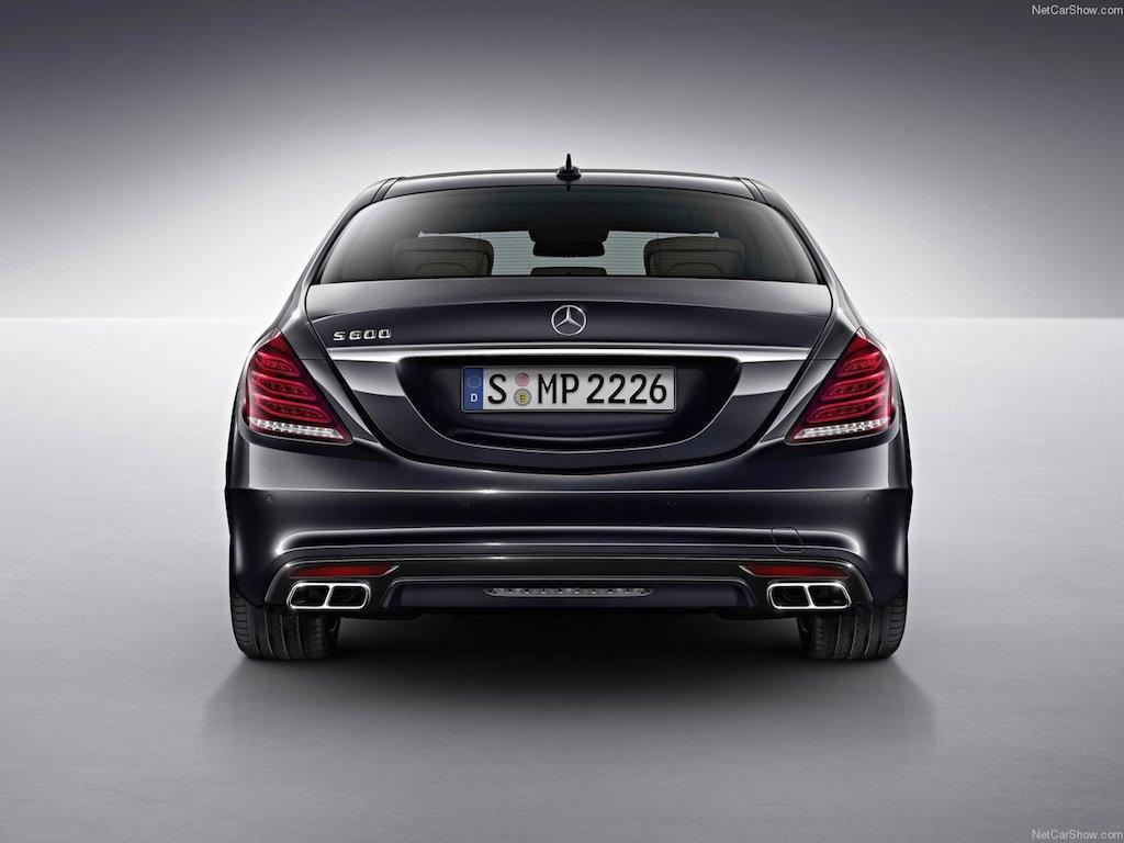 Mercedes-Benz-S600_2015_1280x960_wallpaper_05.jpg