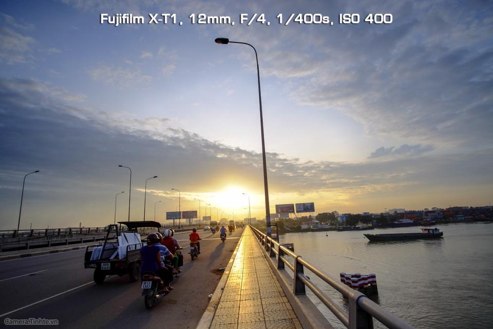 Camera.Tinhte_Samyang12mm_DSCF9550.jpg