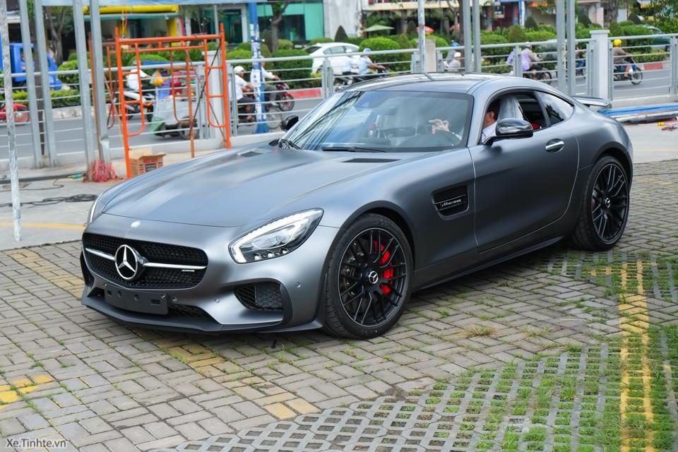 Xe.tinhte.vn - Mercedes GT S-7042.jpg