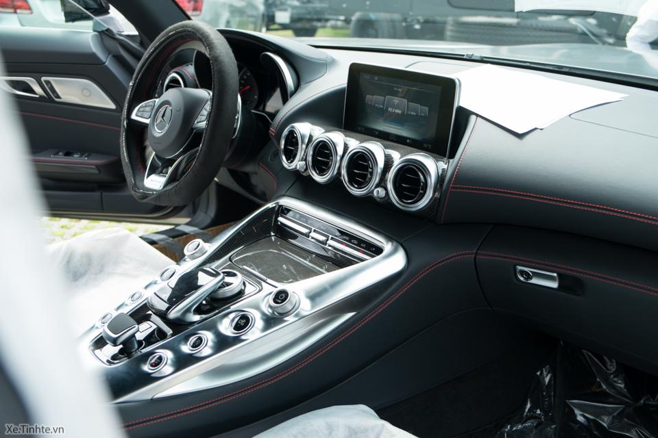Xe.tinhte.vn - Mercedes GT S-7079.jpg