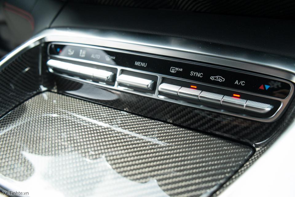 Xe.tinhte.vn - Mercedes GT S-7087.jpg