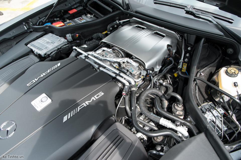 Xe.tinhte.vn - Mercedes GT S-7091.jpg