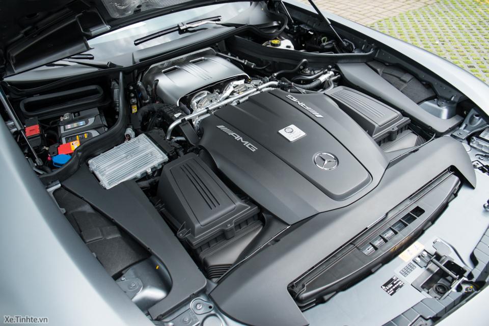 Xe.tinhte.vn - Mercedes GT S-7094.jpg