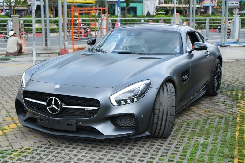 Xe.tinhte.vn - Mercedes GT S-7040.jpg