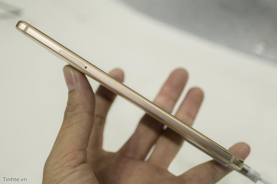 Huawei Mate S-6.jpg