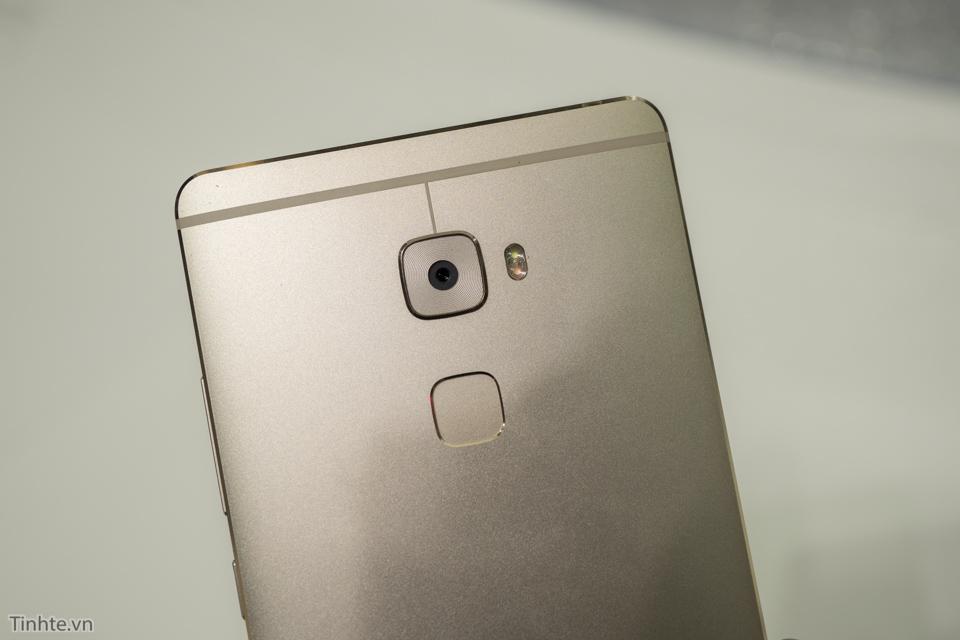 Huawei Mate S-2.jpg