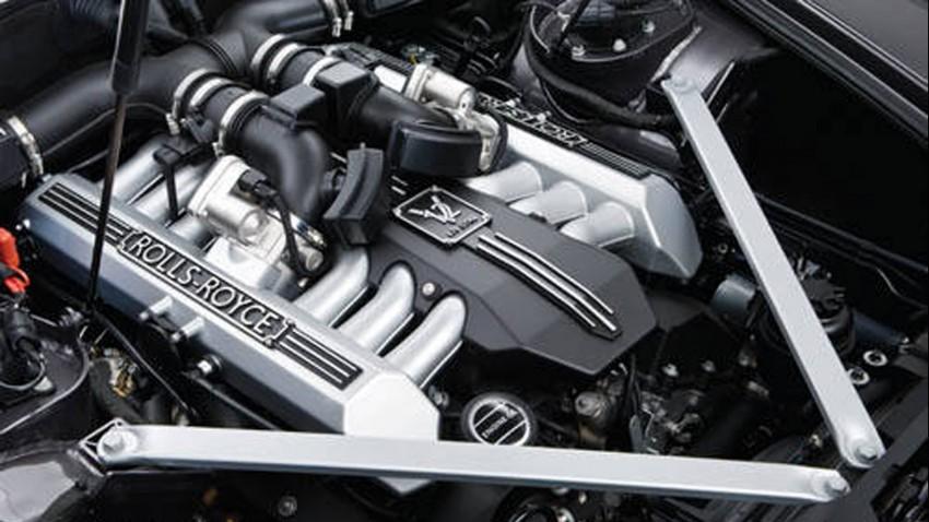 Engine-Rolls-Royce-Phantom-Hearse-850x478.jpg