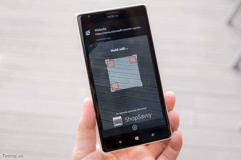 Tinhte_quet_ma_QR_Windows_10_Mobile_HEADER.jpg