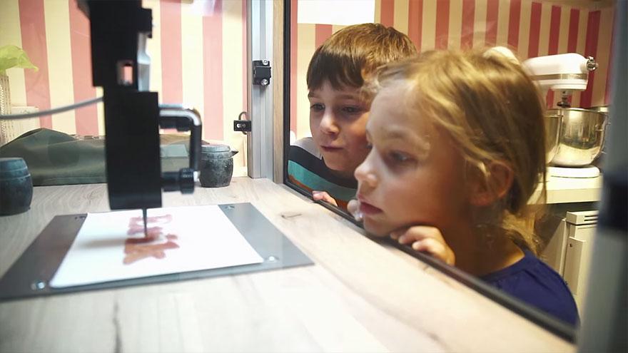 3d-printer-magic-candy-factory-katjes-fassin-6.jpg