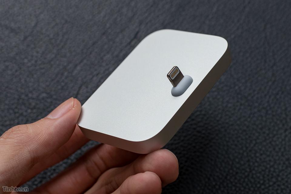 tinhte.vn-iphone-lightning-dock-4.jpg