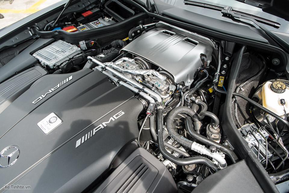 Mercedes AMG GT S_Xe.tinhte.vn-7091.jpg