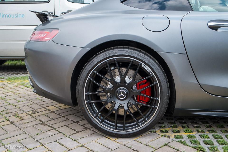 Mercedes AMG GT S_Xe.tinhte.vn-7098.jpg