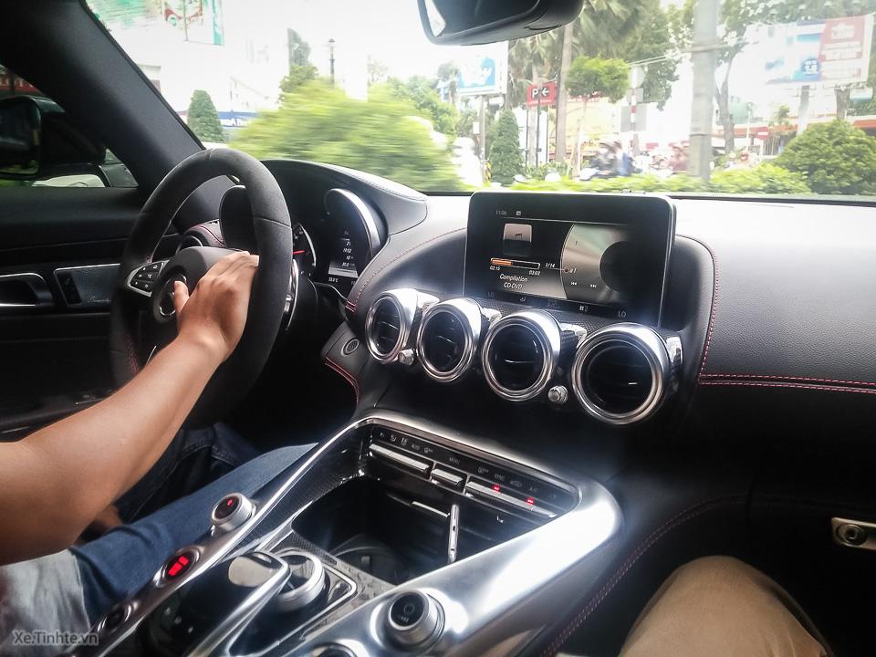 Mercedes AMG GT S_Xe.tinhte.vn-110655.jpg